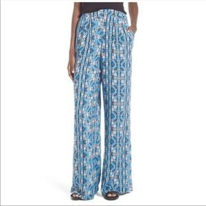 ASTR The Label Wide Leg Pants